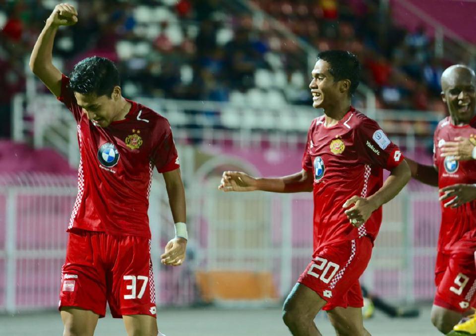 Abdullah dan Cristiano Santos